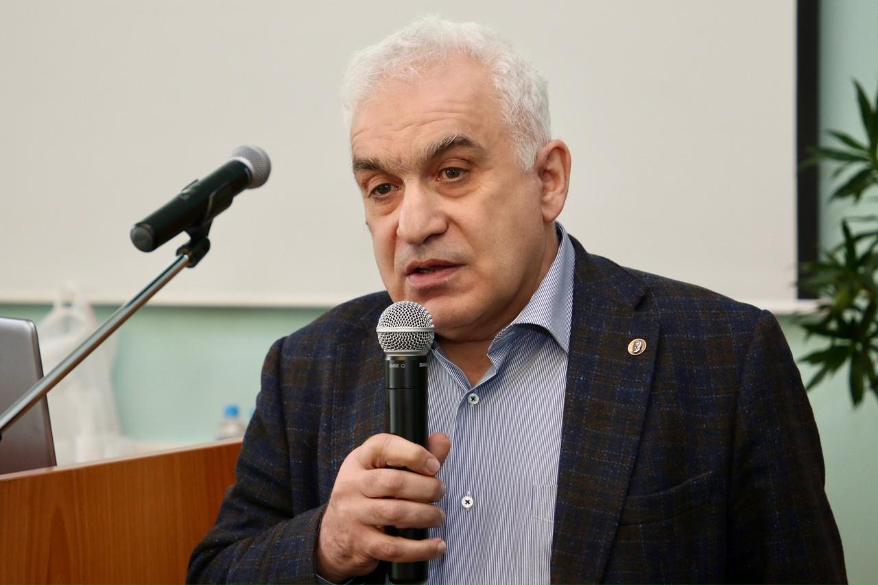 Михаил Шахраманьян